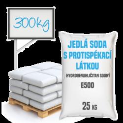 Distripark Jedlá soda s protispékací látkou, E500 (ii) 300 kg-Jedlá soda E500 (ii) s protispékací látkou 25 kg - jinými slovy hydrogenuhličitan sodný (soda bicarbona) je pomocná látka přidávána do potravin označená symbolem [E500 (ii)]. Vyskytuje se ve formě bílého krystalického prášku. Používá se v mnoha odvětvích potravinářského průmyslu, léčitelství a jako ekologický čisticí prostředek v domácnostech (je součástí prášku na pečení a tablet používaných v léčbě překyselení žaludku). Používá se také v pěnových hasicích přístrojích (jako pěnicí složka).  Hydrogenuhličitan sodný dostupný v balení:      25 kg pytel     300 kg polopaleta     1 000 kg paleta  Protispékavá látka může po rozmíchání ve vodě tvořit vločky. Tato jedlá soda je vhodnější pro suché použití.